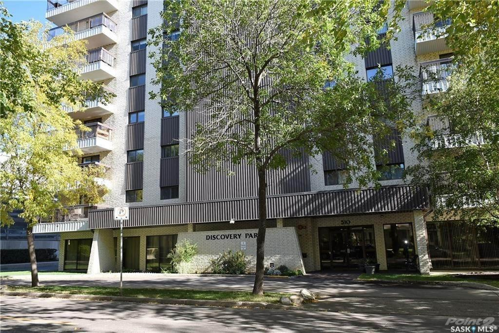 2 Beds & 1 Bath Apartment Style Condo In Downtown Area